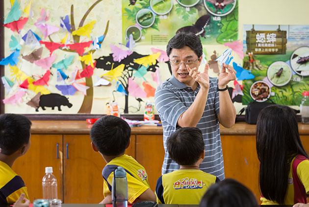 陳振威 引發孩子的好奇心,是創新教學的第一步